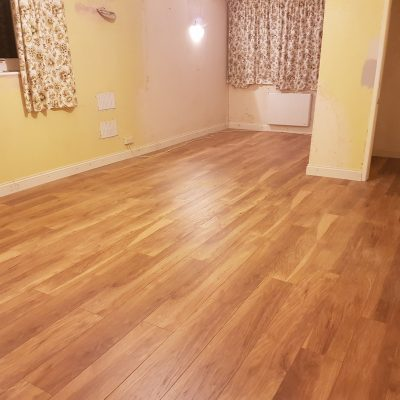 Laminate with new skirting